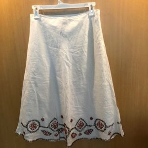 Size 4 White Linen Skirt with Embroidered Beads